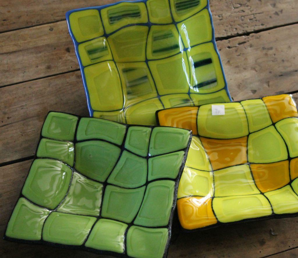 vide poche vert, jaune, bleu. 200mm x 200mm